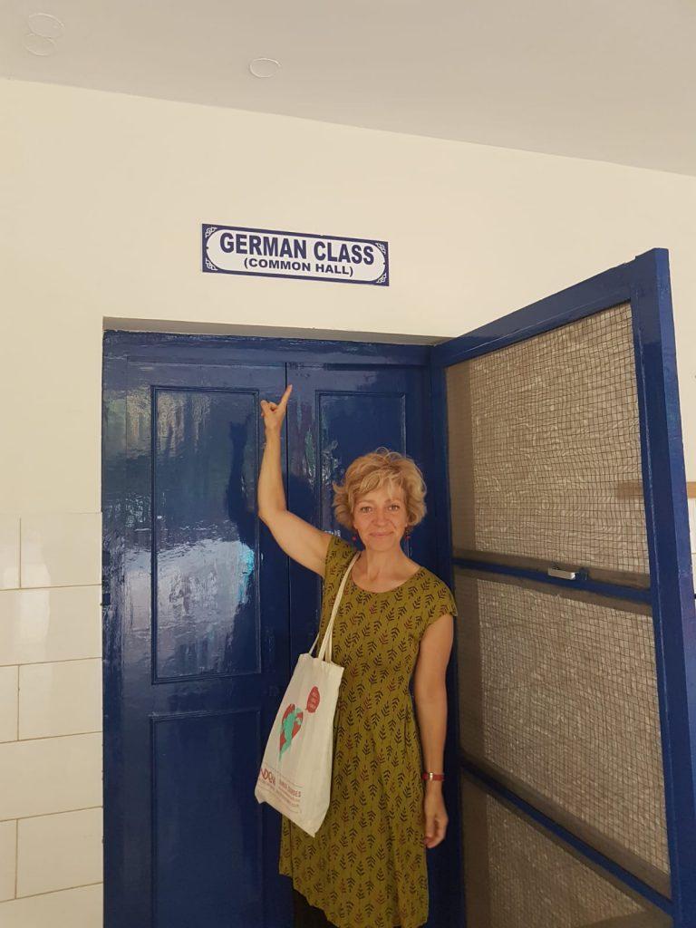Begoña_Llovet, como profesora de alemán voluntaria en India con la Fundación Vicente Ferrer.